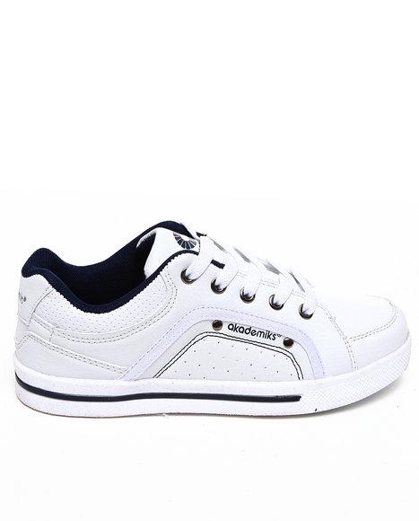 Akademiks Boys White Perforated Lo Sneaker (3.5-7)