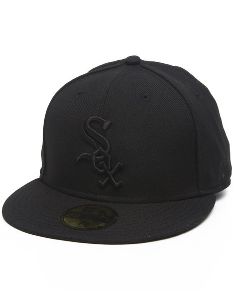 New Era Black Chicago White Sox Mlb Black On Black 5950 Fitted Hat
