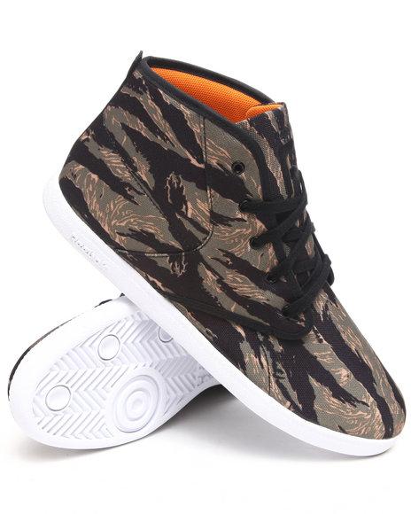 Reebok Men Camo Sl Berlin Chukka Sneakers