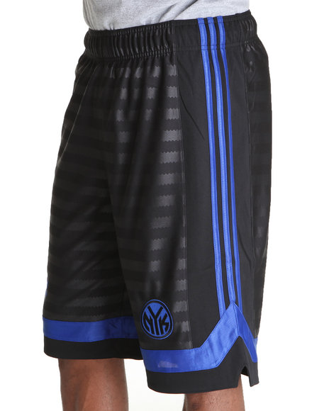 Adidas Men Black New York Knicks Arch Groove 12 Inch Shorts
