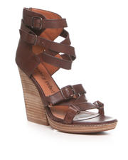 Heeled Sandals - Olsen Sandal