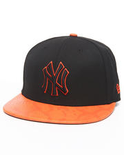 Accessories - New York Yankees Snakes-Thru Strapback Hat
