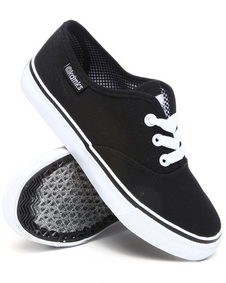 Akademiks Boys Black Canvas Sneaker (11-3)