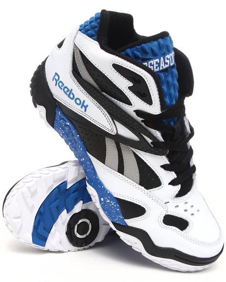 Reebok Men Black,Blue,White Scrimmage Mid Sneakers