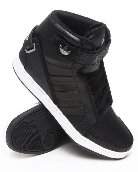 Adidas Men Black Ar 3.0 Sneakers