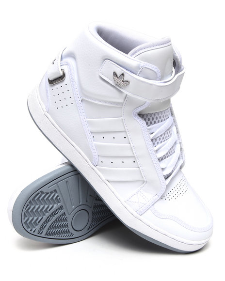 Adidas Men White Ar 3.0 Sneakers
