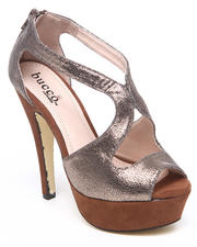 Fashion Lab - Elyse Metallic Detail Pump