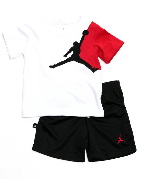 Air Jordan Boys Black Jump Man Short Set (2T-4T)