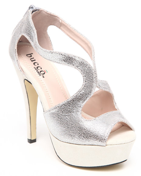 Fashion Lab - Women Beige Elyse Metallic Detail Pump - $20.99