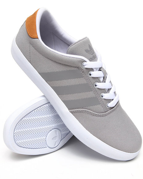 Adidas Men Grey Adi Mc Lo Sneakers