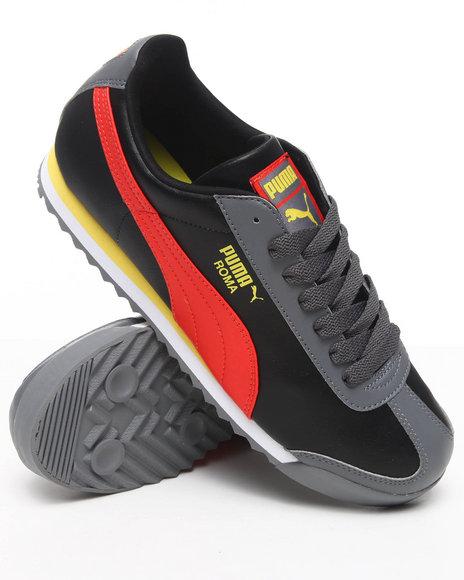Puma Men Orange Roma Sneakers