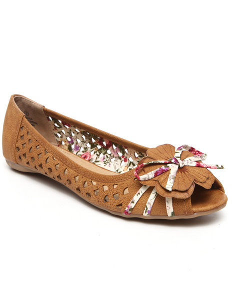 Fashion Lab - Women Tan Elmira Floral Perforated Flats - $12.99