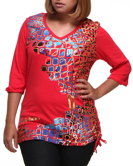 Apple Bottoms Women Red Reptile Cube 3/4 Sleeve Tee (Plus Size)