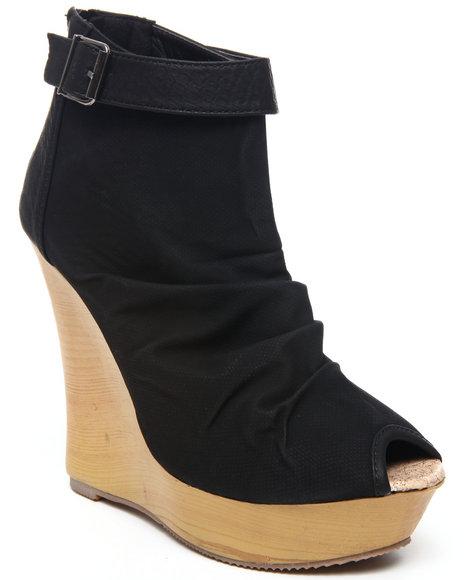 Fashion Lab - Women Black Lany Peep Toe Wedge
