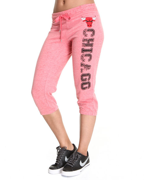 Nba Mlb Nfl Gear - Women Pink,Red Chicago Bulls Capri Pants