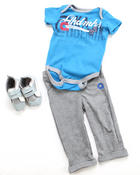 Boys - 3 PC SET - BODYSUIT, PANT & SNEAKER (NEWBORN)