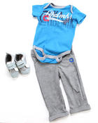 Akademiks - 3 PC SET - BODYSUIT, PANT & SNEAKER (INFANT)