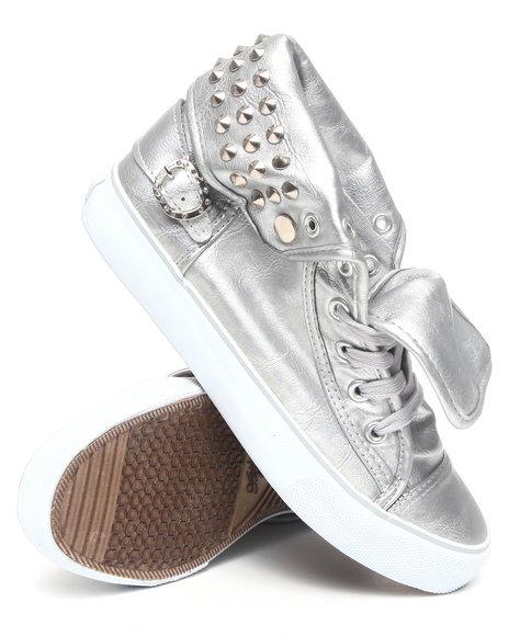 Apple Bottoms Women Silver Benson Vegan Leather Sneaker W/Studs