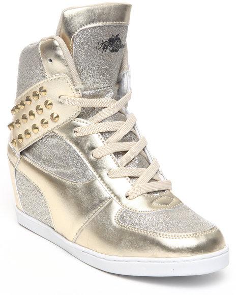 Apple Bottoms Women Gold Kaden Sequin Spikes Wedge Sneaker
