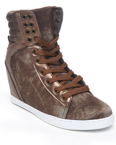 Apple Bottoms Women Brown Myrtle Washed Wedge Sneaker