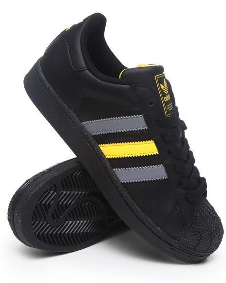 Adidas Men Black Superstar Ii Sneakers