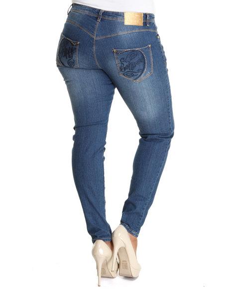 Apple Bottoms Women Blue Apple Script Logo Square Pocket Skinny Jean (Plus Size)