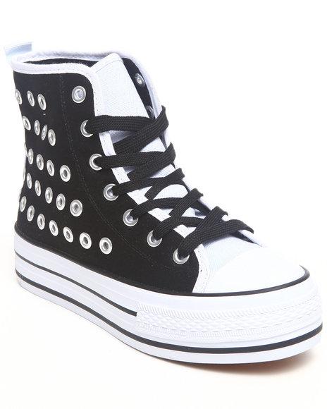 Fashion Lab - Women Black,White Jamie Platform Sneaker