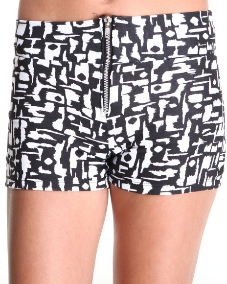 Fashion Lab - Women Black,White Mid Rise Geo Shorts
