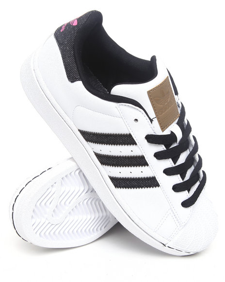 Adidas Women White Superstar W Sneakers