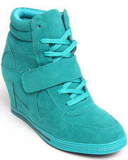 Footwear - Sneaker wedge bootie