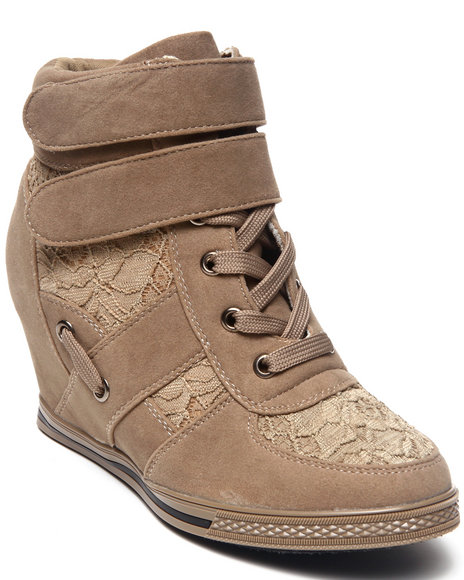 Fashion Lab - Women Beige Nichelle Basic Sneaker W/Lace Detail
