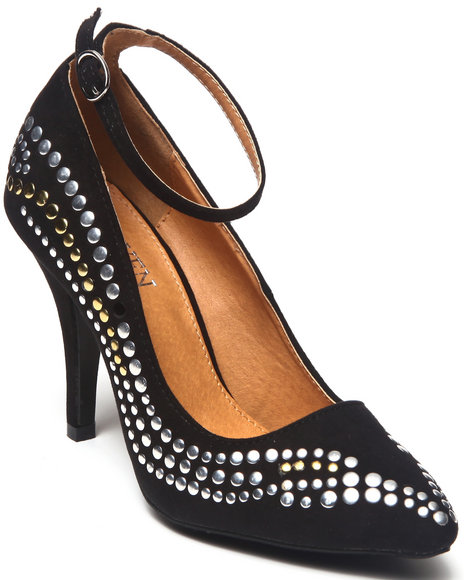 Fashion Lab - Women Black Anke Pump W/Nail Heads - $13.99