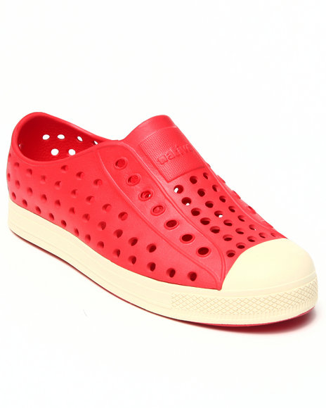 Native Boys Red Jefferson Shoe (Youth)