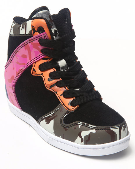 Cute To The Core - Girls Multi Clutch Camo Sneaker