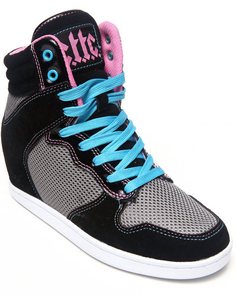 Cute To The Core - Women Multi Crossover Sneaker