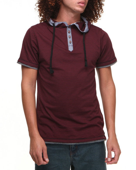 Basic Essentials - Men Maroon Short Sleeve Hooded Henley