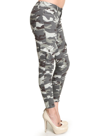 Perfect Women39s Camouflage Cargo Pants New With Tag  EBay