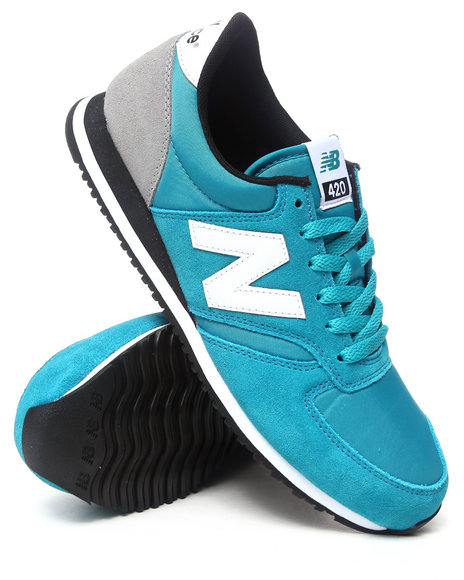 New Balance - Men Blue Classic 420 Sneakers