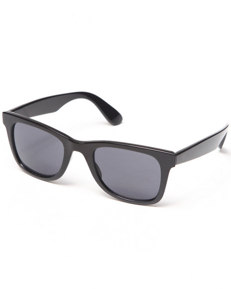 Basic Essentials Black Sunglasses