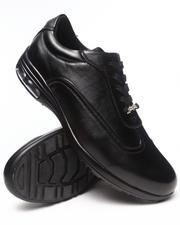 Footwear - Classic Sneaker Shoe