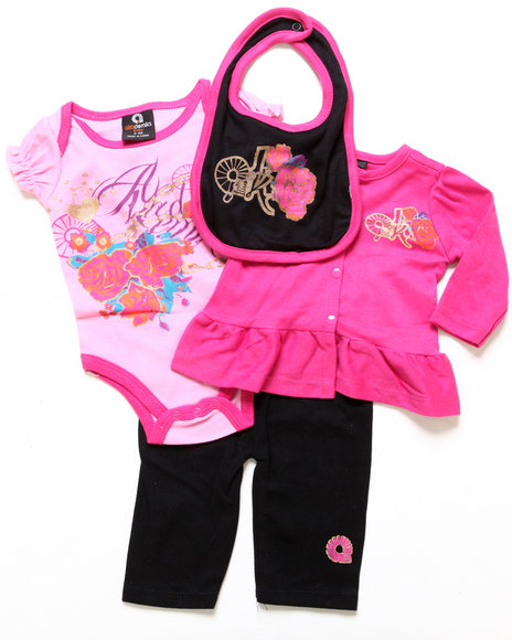 Akademiks - Girls Pink 4 Pc Take Me Home Set (Newborn)