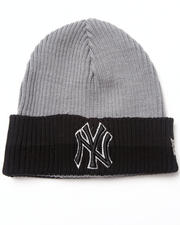 Men - New York Yankees Shorty Cuff Knit Hat