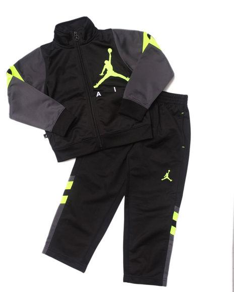 Air Jordan Boys Black Classic Varsity Tricot Set (4-7)