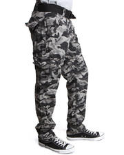 Basic Essentials - Batallion Camo Cargo Pants