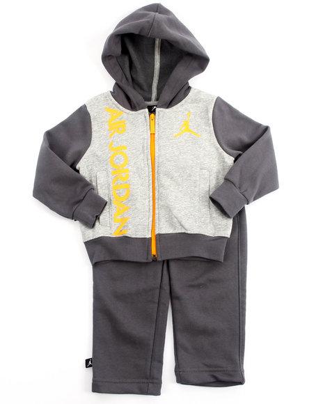 Air Jordan Boys Grey 2 Pc Bright Lights Fleece Set (2T-4T)