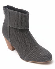 Women - Earla Ankle Bootie
