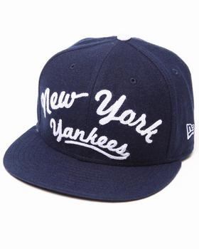 New Era - New York Yankees Arch V-Script Strapback