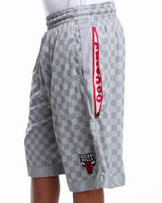 NBA, MLB, NFL Gear - Chicago Bulls Jerome Check Short