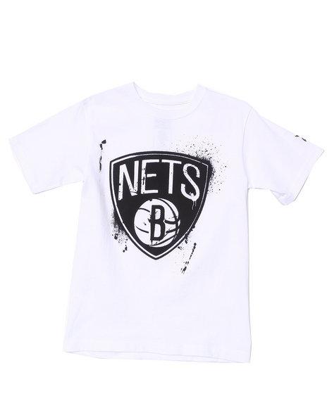 NBA MLB NFL Gear Boys White Brooklyn Nets Stencil Tee (8-20)