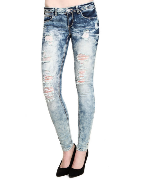 Almost Famous - Women Medium Wash Acid Wash Distructed Topstitched Skinny Jean